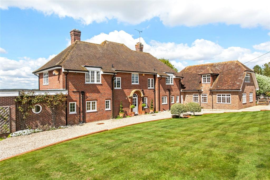 6 Bedrooms Unique Property for sale in Downs Road, Compton, Newbury, Berkshire, RG20