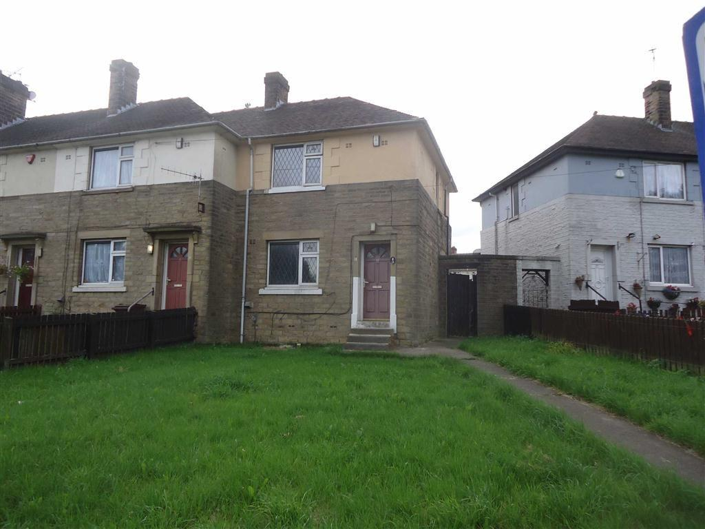 3 Bedrooms Town House for sale in Canterbury Avenue, Bradford, West Yorkshire, BD5