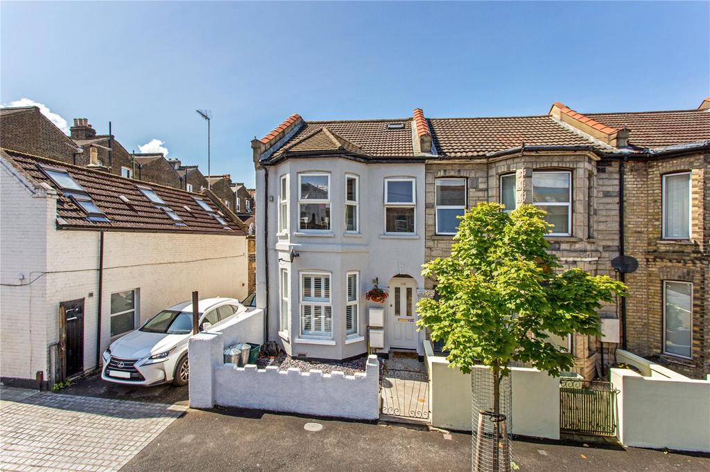 3 Bedrooms Flat for sale in Nelson Road, South Wimbledon, London, SW19