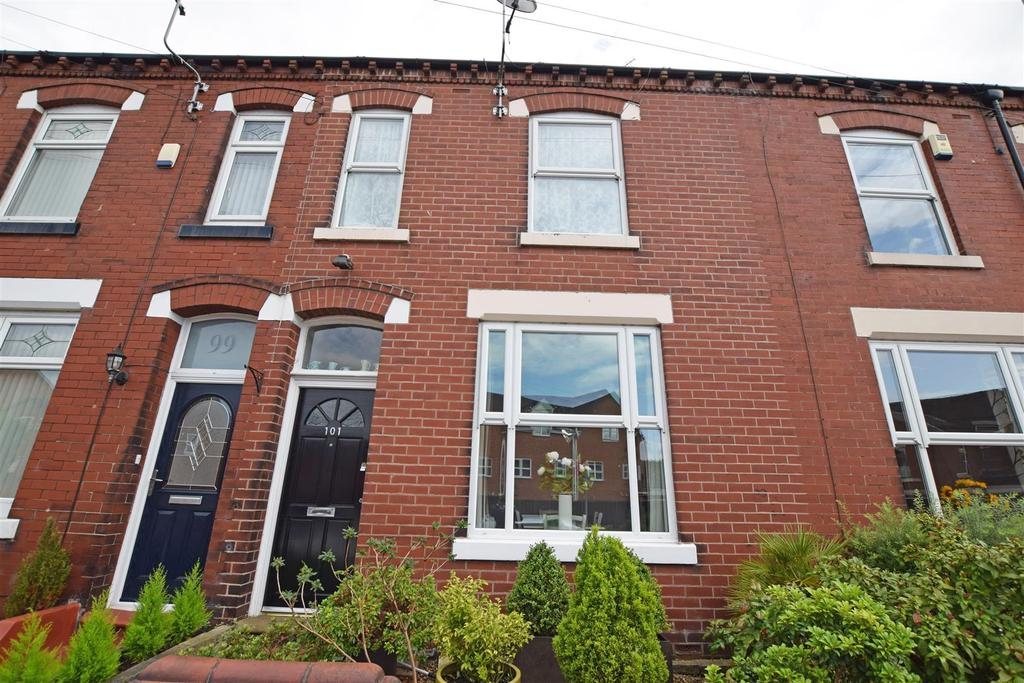 2 Bedrooms Terraced House for sale in Mill Fold Road, Middleton