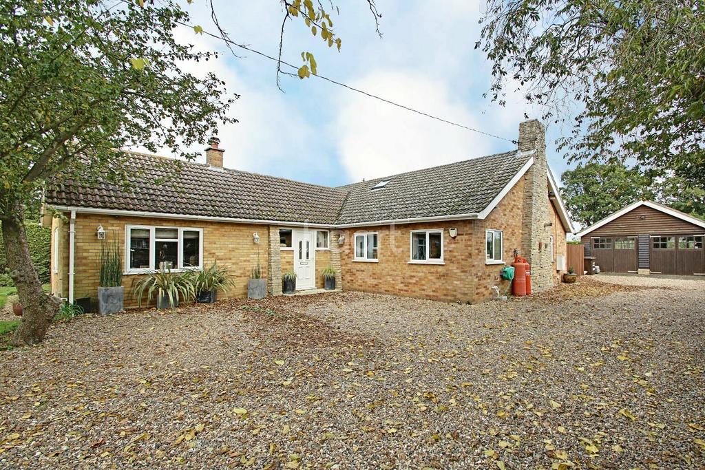 5 Bedrooms Detached House for sale in The Street, Great Livermere