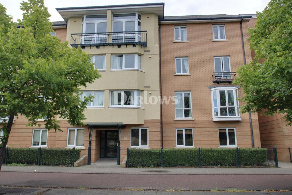 2 Bedrooms Flat for sale in Ffordd Garthorne, Cardiff Bay