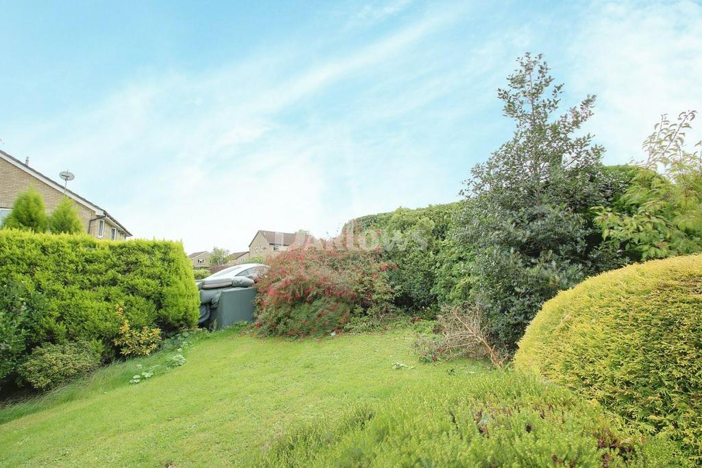 2 Bedrooms End Of Terrace House for sale in Glyn Simon Close