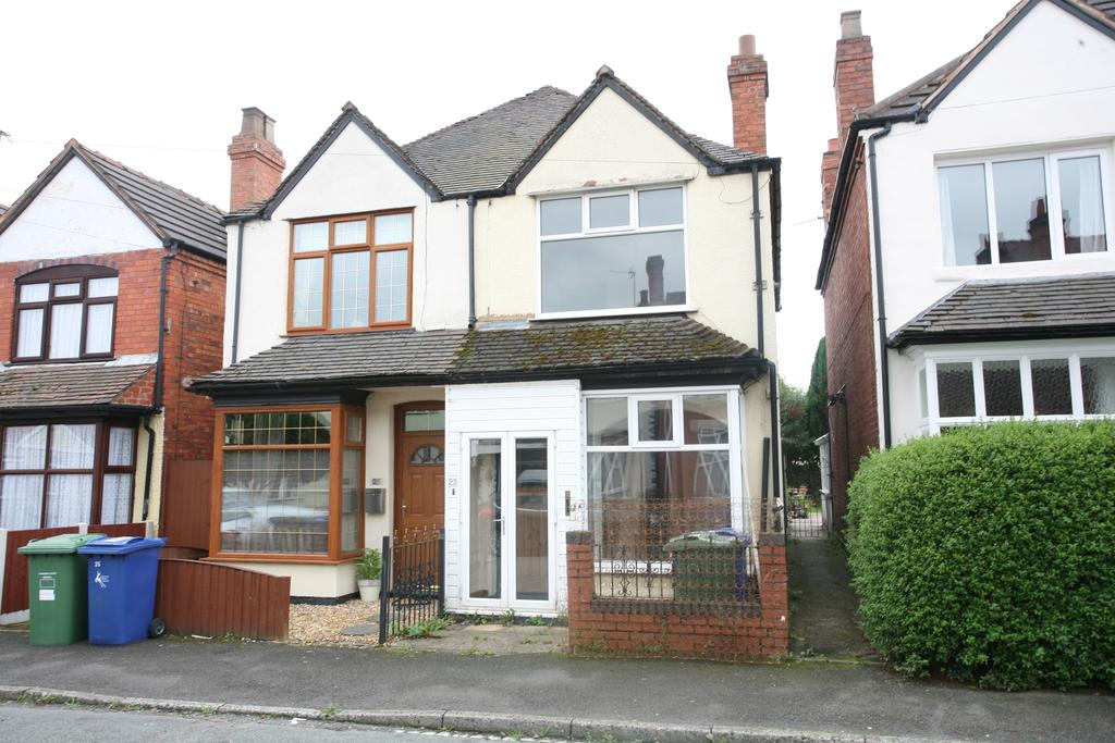 2 Bedrooms Semi Detached House for sale in 23 Heath Gap Road, Cannock, WS11 6DY (For Sale by Auction Monday 25th September 2017)
