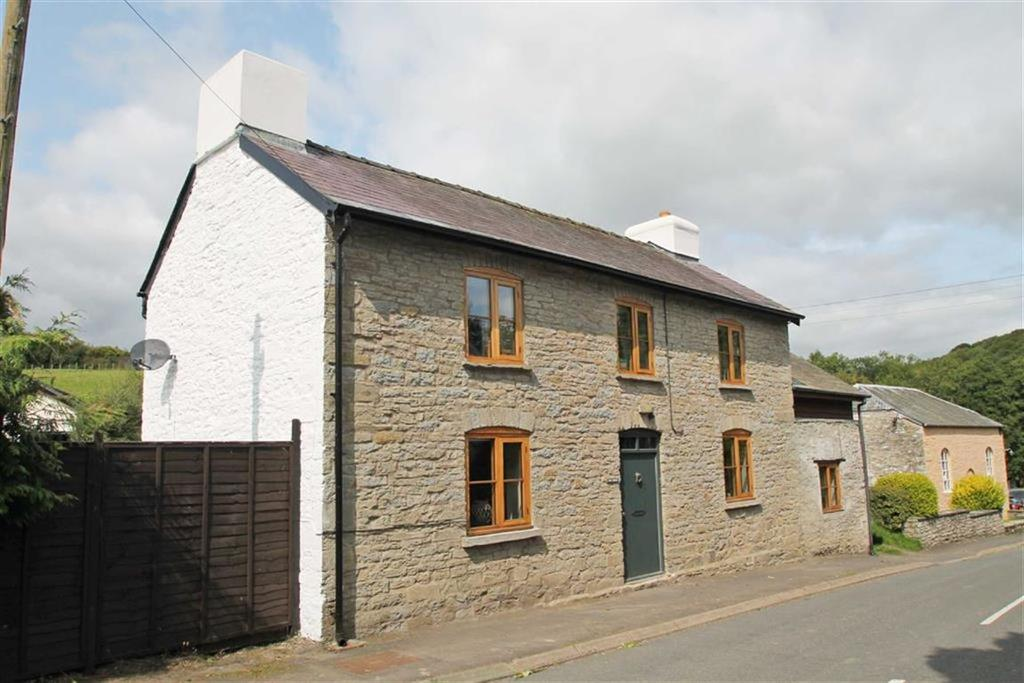 4 Bedrooms Detached House for sale in NEWCHURCH, Kington, Herefordshire