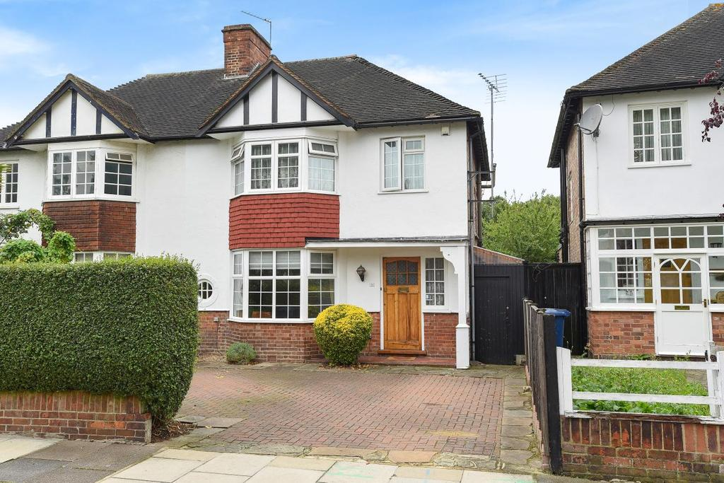 3 Bedrooms Semi Detached House for sale in Pierrepoint Road, Acton