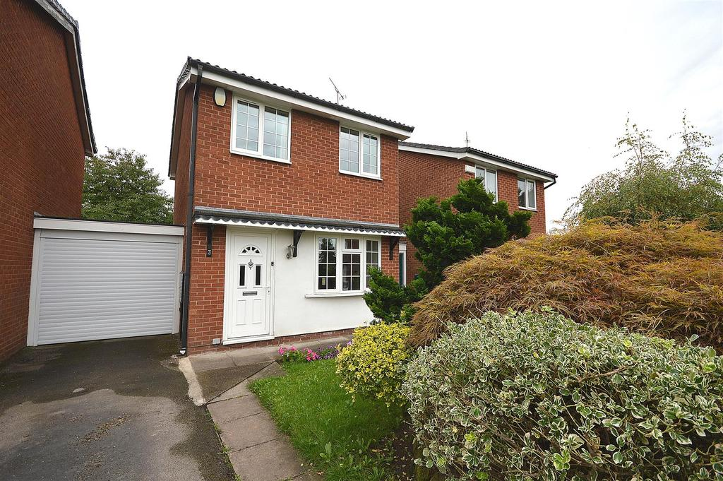 2 Bedrooms Detached House for sale in Laurel Close, Sandbach