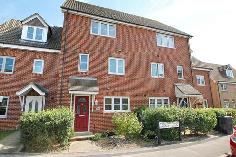 4 bedroom townhouse for sale - Percival Close, Lee-on-the-Solent, Hampshire