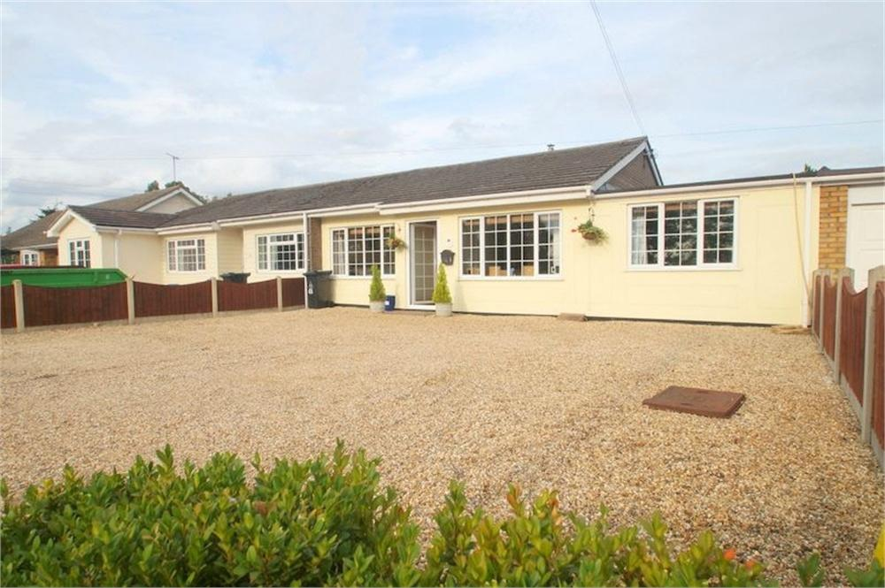 3 Bedrooms Semi Detached Bungalow for sale in Burnham Road, Latchingdon, CHELMSFORD, Essex