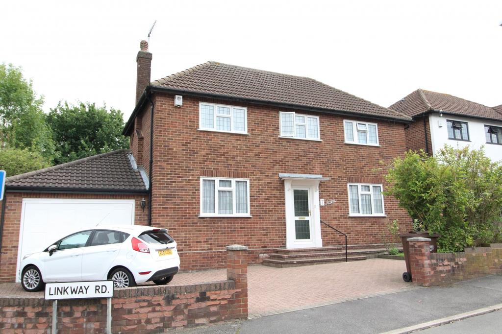 3 Bedrooms Detached House for sale in Linkway Road, Brentwood, Essex, CM14