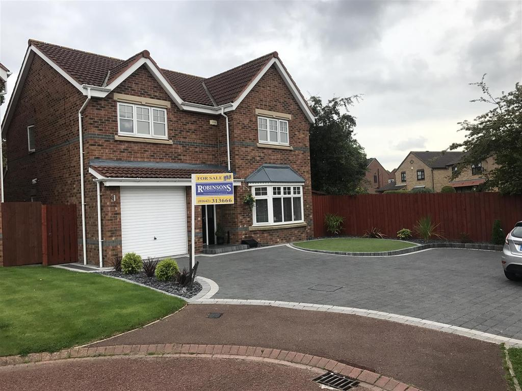 4 Bedrooms Detached House for sale in St. Cuthbert Avenue, Marton-In-Cleveland, Middlesbrough