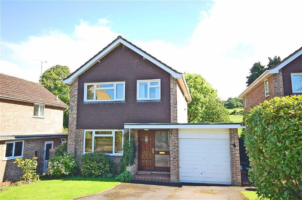 3 Bedrooms Detached House for sale in Detmore Close, Charlton Kings, Cheltenham, GL53
