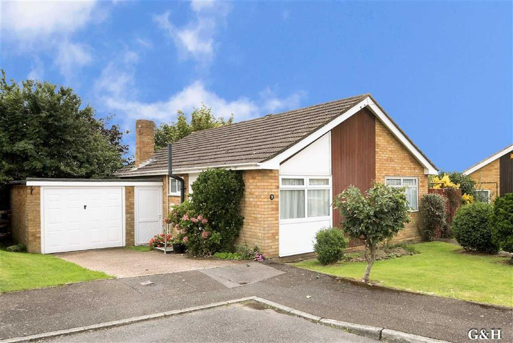 3 Bedrooms Detached Bungalow for sale in Charlton Close, Willesborough, Kent