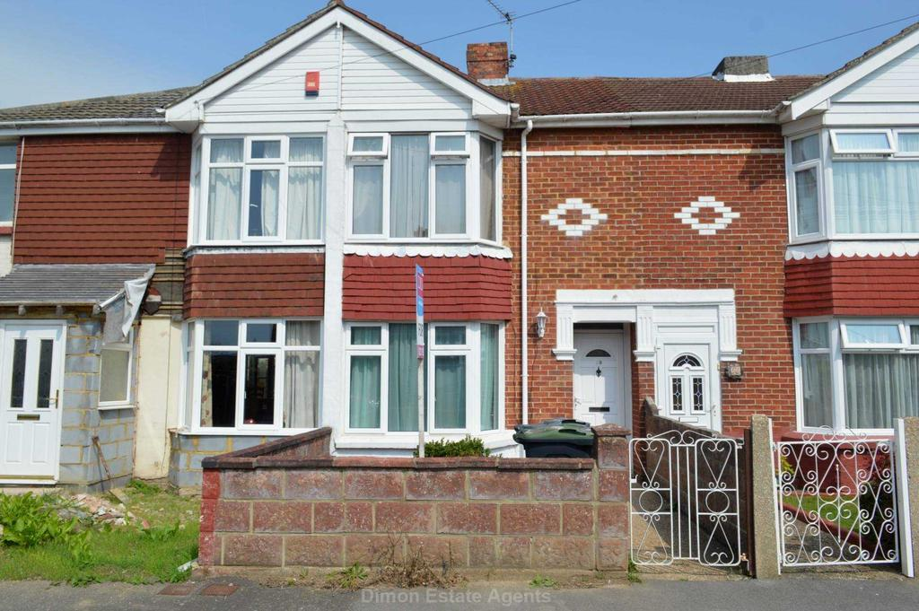 2 Bedrooms Terraced House for sale in Mill Pond Road, Gosport