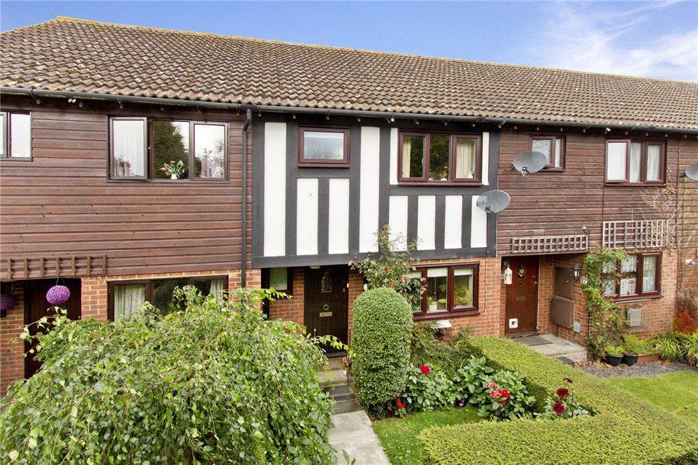 3 Bedrooms Terraced House for sale in Coomb Field, Edenbridge, Kent