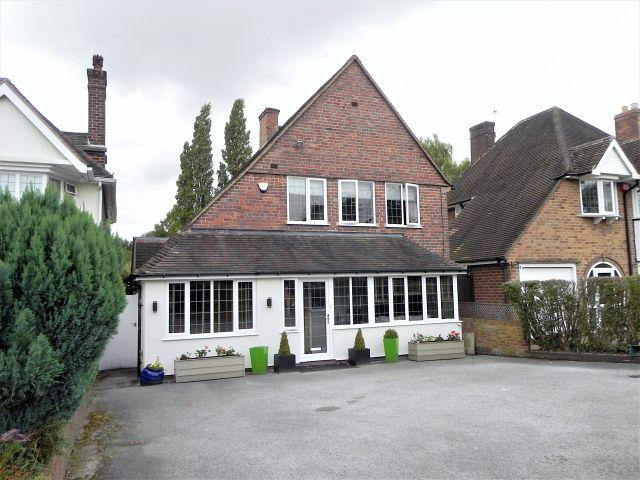 3 Bedrooms Detached House for sale in Eachelhurst Road,Walmley,Sutton Colfield