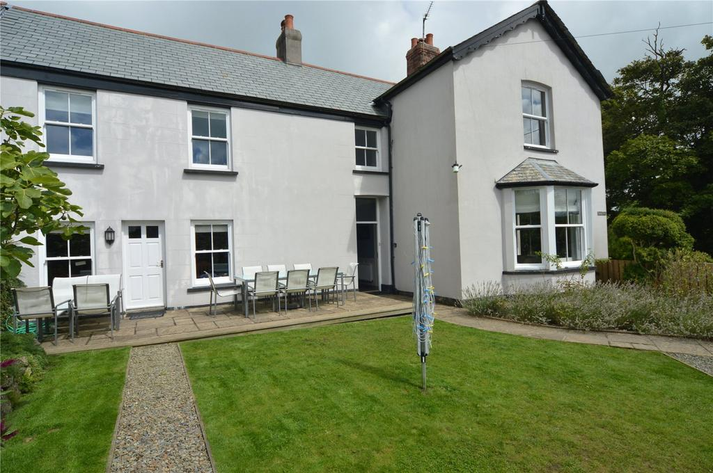 4 Bedrooms End Of Terrace House for sale in Roughtor Road, Tregoodwell, Camelford, Cornwall