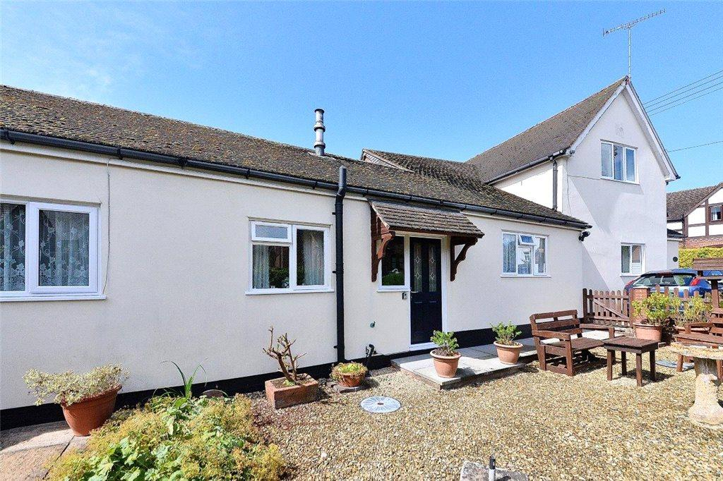 3 Bedrooms Detached House for sale in Spiral Court, Castle Hill, Cleobury Mortimer, Shropshire, DY14
