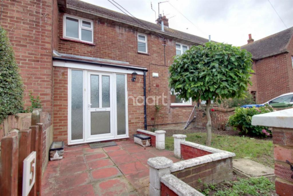 3 Bedrooms Terraced House for sale in Park Avenue, Leysdown-on-Sea