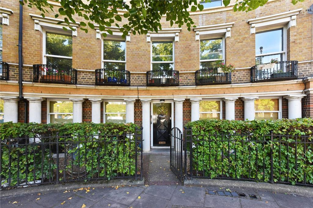 2 Bedrooms Flat for sale in Mothers Square, London, E5