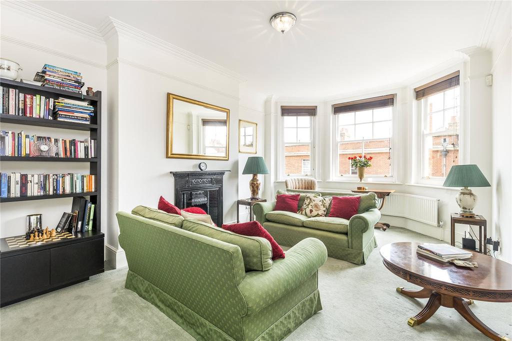 3 Bedrooms Flat for sale in Argyll Mansions, Hammersmith Road, London, W14