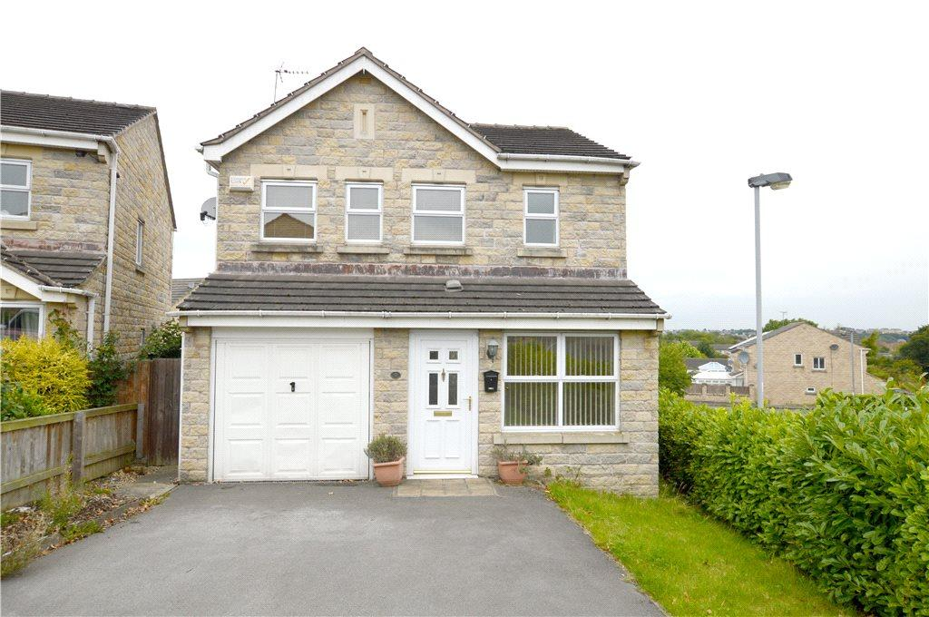 3 Bedrooms Detached House for sale in Ring Hay Road, Bradford, West Yorkshire