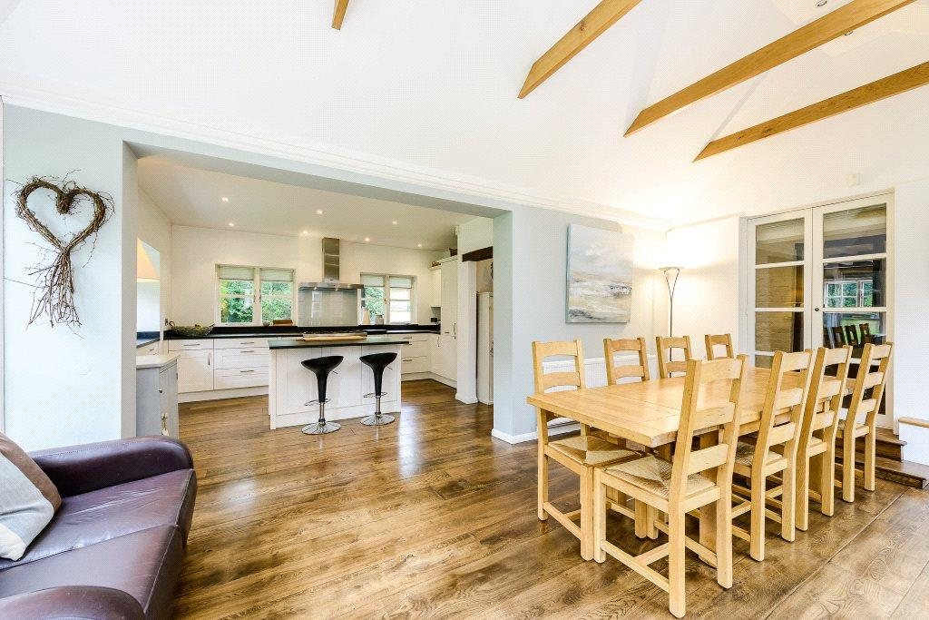 5 Bedrooms Detached House for sale in Strood Green, Wisborough Green, Billingshurst, West Sussex