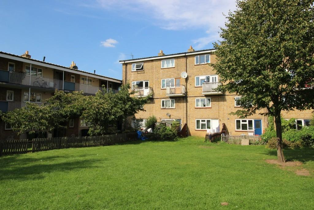 2 Bedrooms Apartment Flat for sale in Perse Way, Cambridge