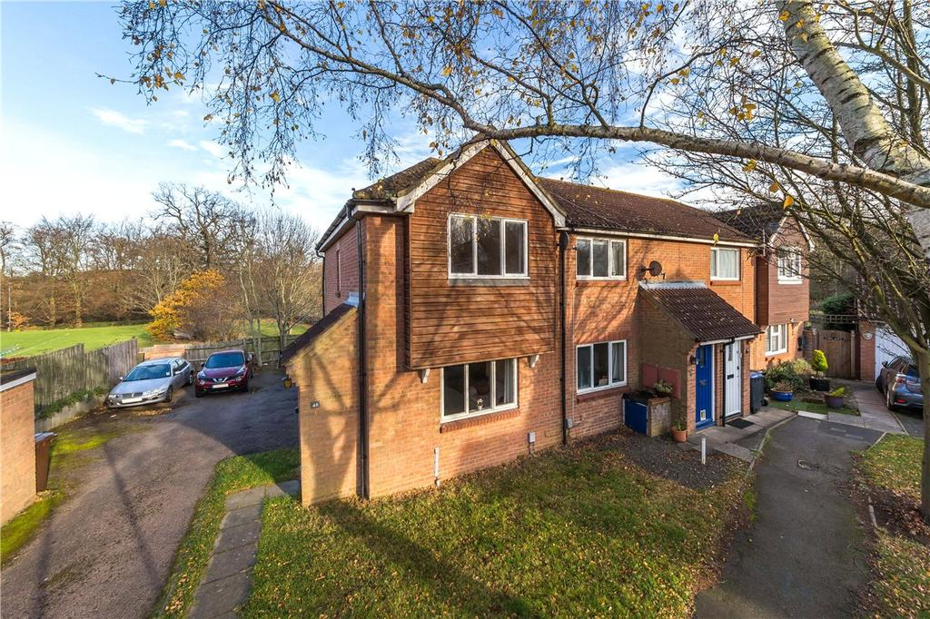 2 Bedrooms End Of Terrace House for sale in Harwood Close, Welwyn Garden City, Hertfordshire