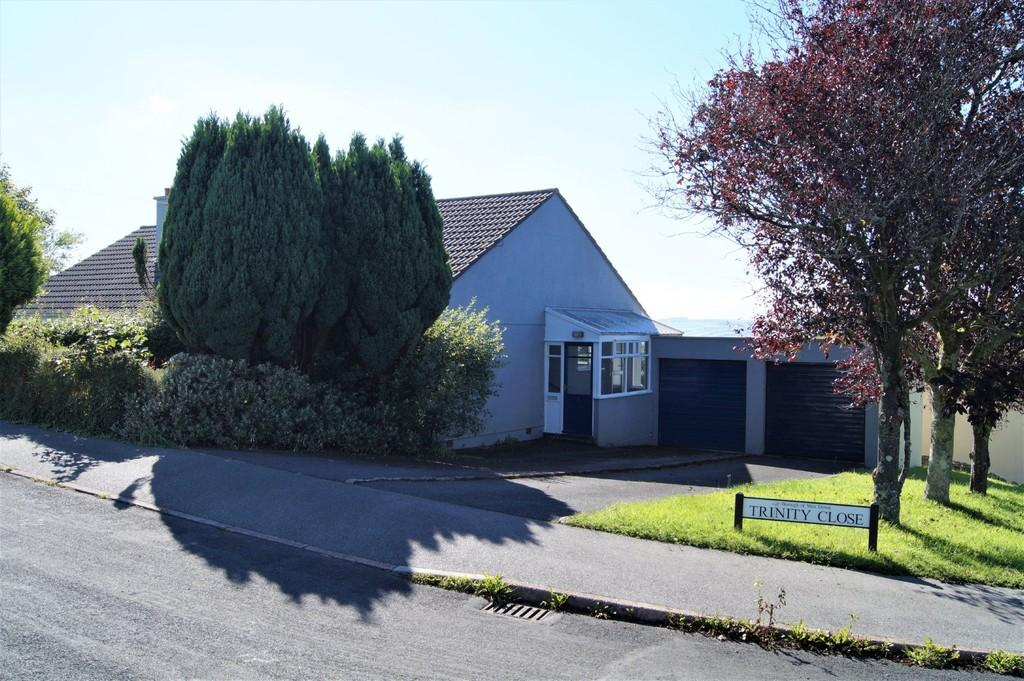 2 Bedrooms Semi Detached Bungalow for sale in Bere Alston