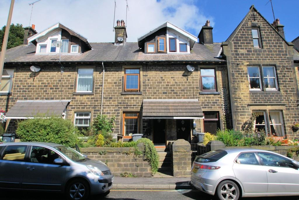 3 Bedrooms Terraced House for sale in Manchester Road, Thurlstone, Sheffield S36 9QR