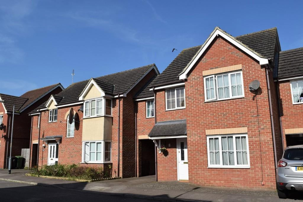 4 Bedrooms Terraced House for sale in Stanford Road, Thetford