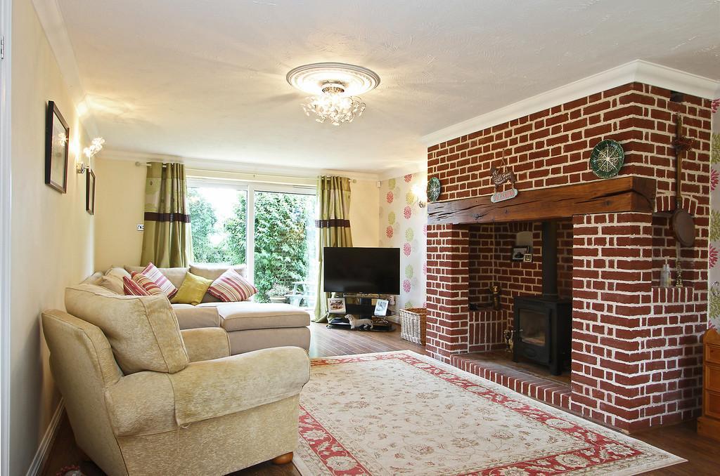 5 Bedrooms Detached House for sale in Back Lane, Scoulton