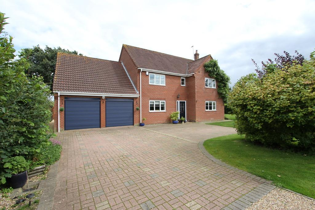 5 Bedrooms Detached House for sale in Back Lane, Scoulton
