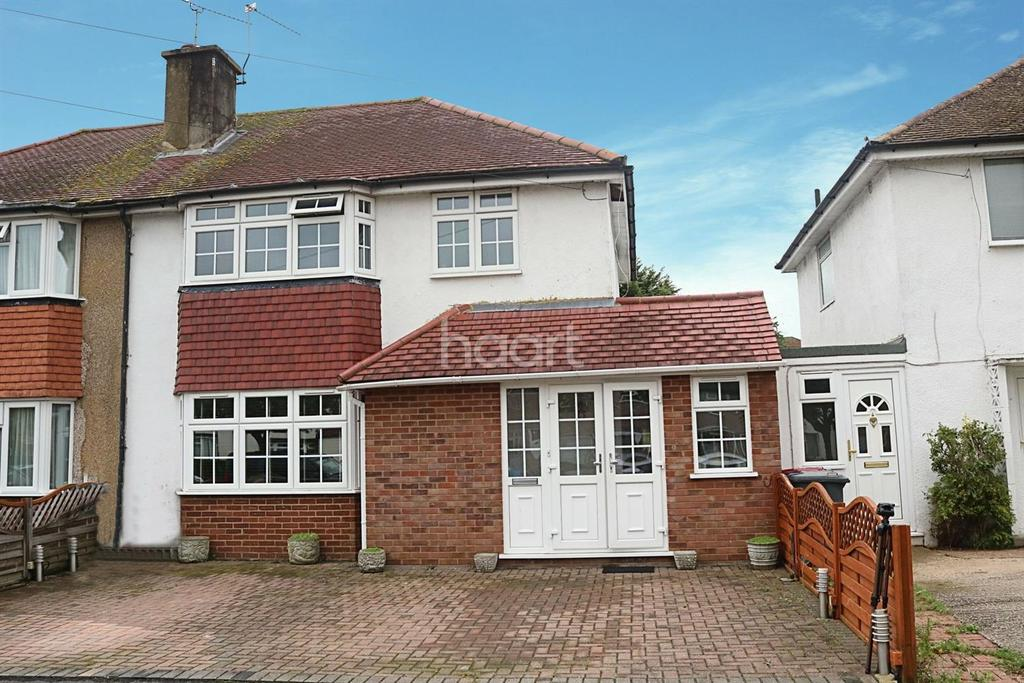 3 Bedrooms Semi Detached House for sale in Oldway lane