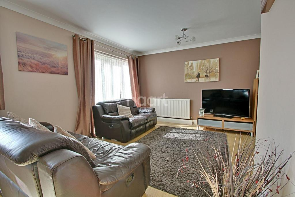 3 Bedrooms End Of Terrace House for sale in Charleston Avenue, Basildon