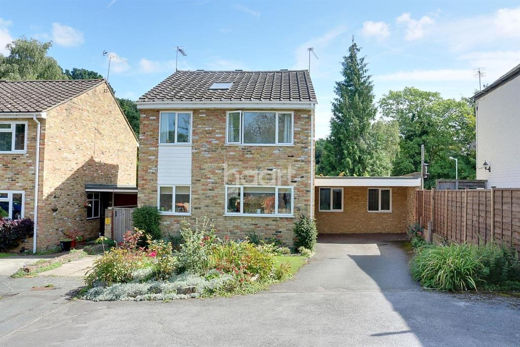 4 Bedrooms Detached House for sale in Ash Grove, Stoke Poges