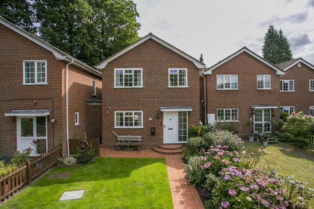 3 Bedrooms Link Detached House for sale in Sandrock Road, Tunbridge Wells