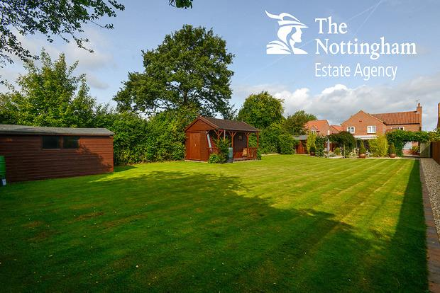 4 Bedrooms Detached House for sale in Mansfield Road, Edingley, Newark, NG22