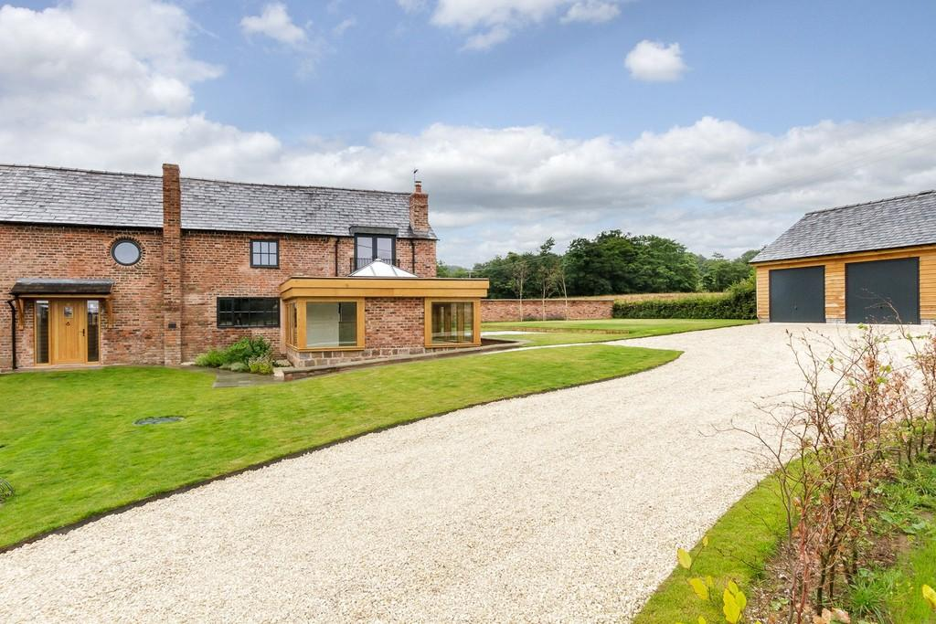 4 Bedrooms Barn Conversion Character Property for sale in 2 Fox Hill Barns, Alvanley, WA6 6XF