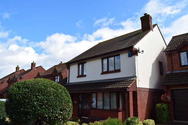 4 Bedrooms Detached House for sale in Springfield Gardens, Dawlish