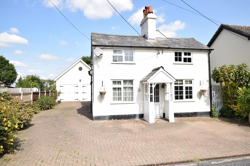 4 Bedrooms Detached House for sale in Long Road West, Dedham, CO7 6EL