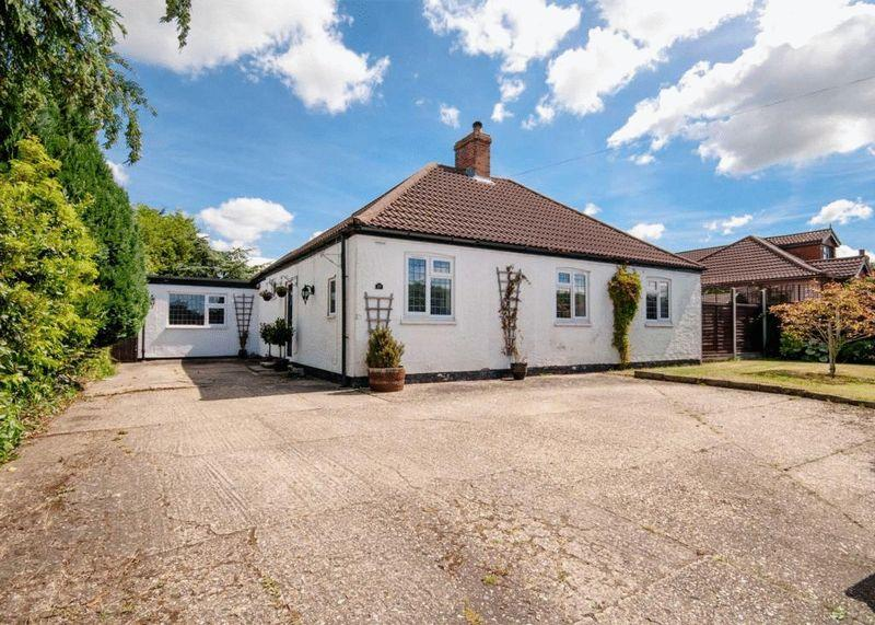 3 Bedrooms Detached Bungalow for sale in Horncastle Road, Wragby