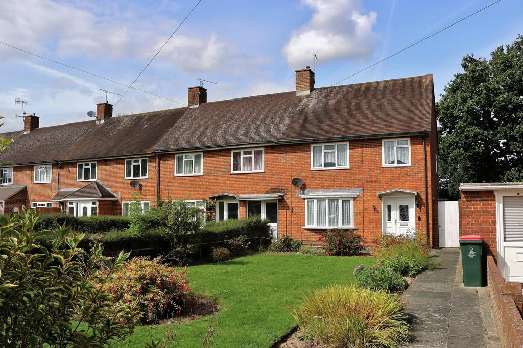 3 Bedrooms End Of Terrace House for sale in Northgate, Crawley, RH10