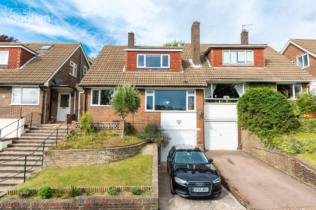 3 Bedrooms Semi Detached House for sale in Highbank, Brighton, BN1
