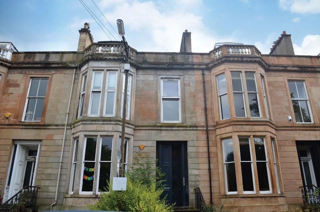 2 Bedrooms Flat for sale in Hamilton Park Avenue, First Floor, Botanics, Glasgow, G12 8DT