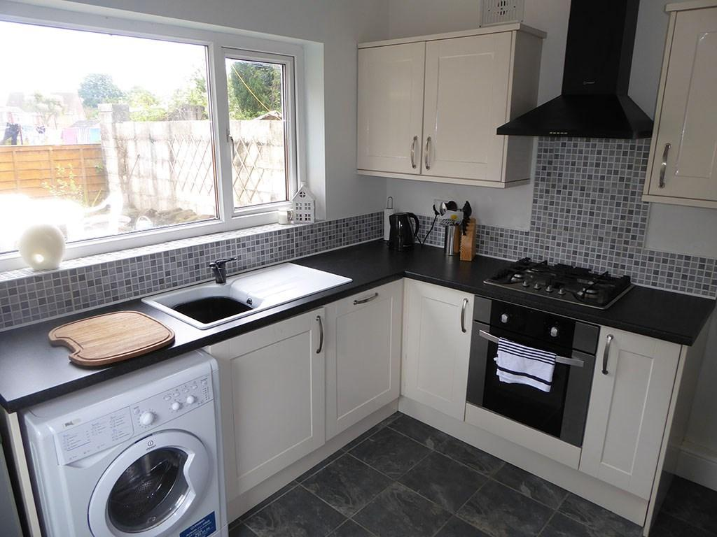 4 Bedrooms End Of Terrace House for sale in Cwm Level Road, Brynhyfryd, Swansea, SA5