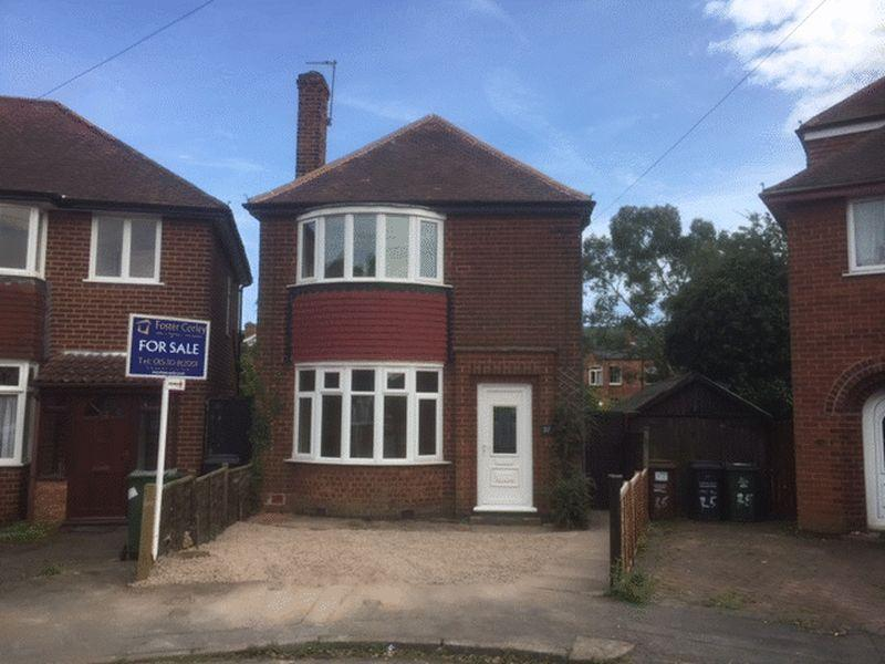 3 Bedrooms Detached House for sale in Turner Avenue, Loughborough