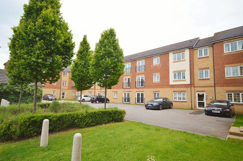 2 Bedrooms Apartment Flat for sale in Cannock Road, Corby
