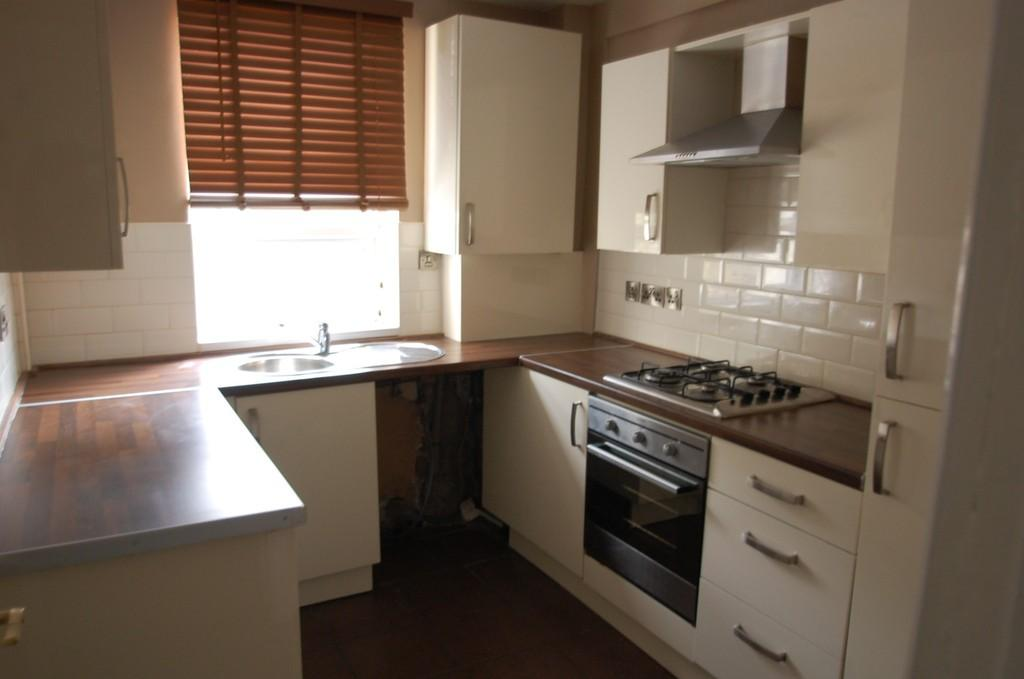 3 Bedrooms Terraced House for sale in Selborne Street, Redlam, Blackburn